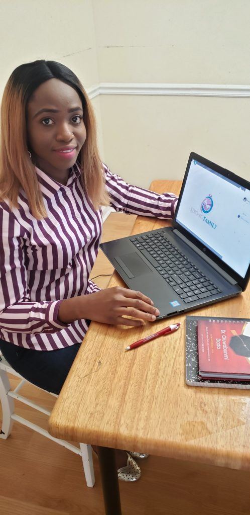 Mayowa Otuada, DNP student from the UAB School of Nursing, connects virtually with her Nurse Family Partnership clients.